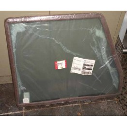 GLASS ASSEMBLY-FRONT DOOR GREEN LH          CUB000070