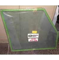 FRONT DOOR GLASS 4MM LH 4 DOOR RRC             MWC8437
