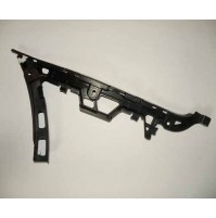 BUMPER MOUNTING BRACKET RIGHT SIDE REAR       DQN000061