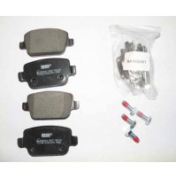 BRAKE PAD SET REAR 2.2 DIESEL FL2            LR003657